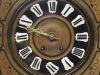 Caja reloj pared, con marquetería.
