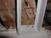 Colocación de portacebo de pared, interceptando galería de termitas